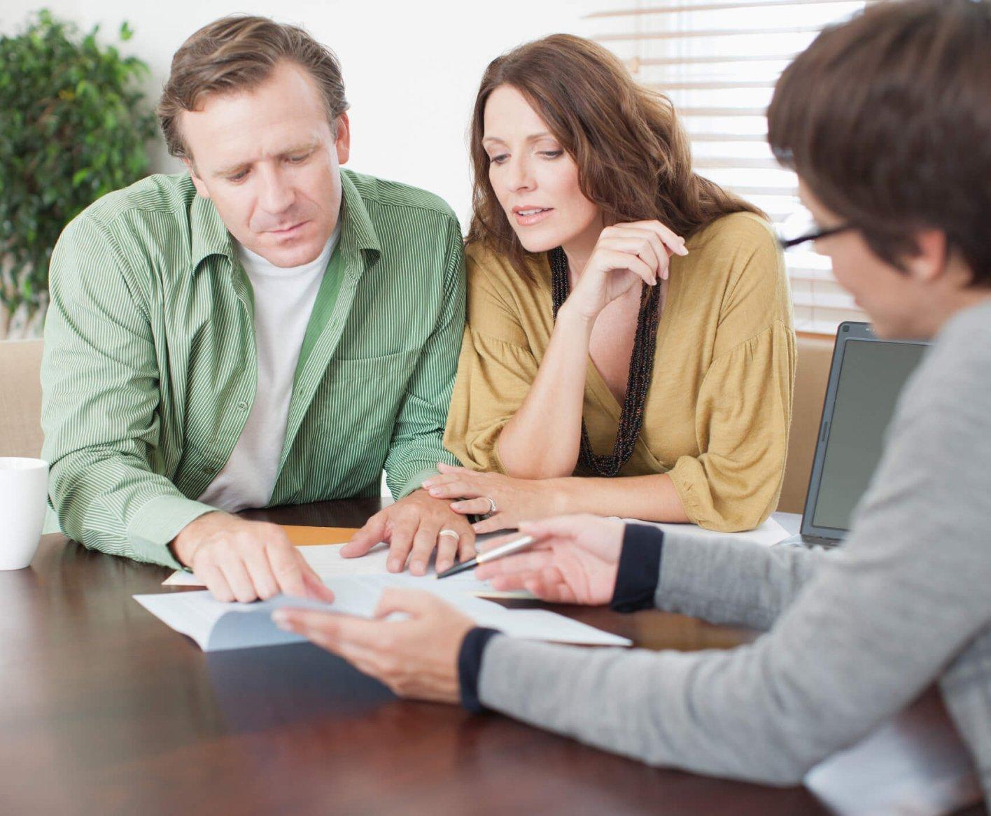 couple-paperwork-consultant